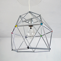 http://www.ohohdeco.com/2014/02/diy-straws-lampshade.html