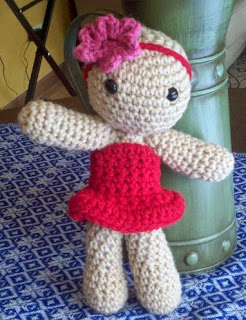 http://www.craftsy.com/pattern/crocheting/toy/basic-body-doll-amigurumi--just-the-body/42714