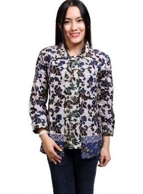 Gambar baju kemeja batik wanita kantor elegan