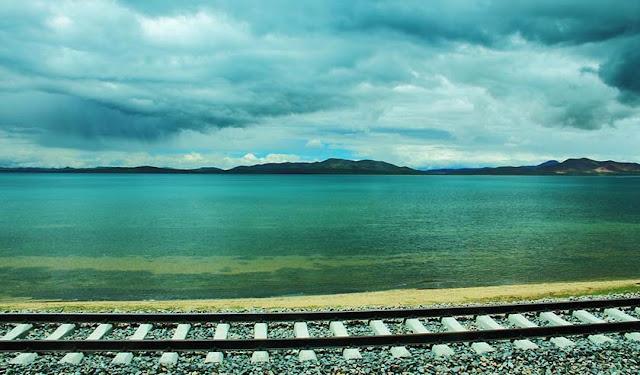 青藏鐵路沿途風光-措那湖