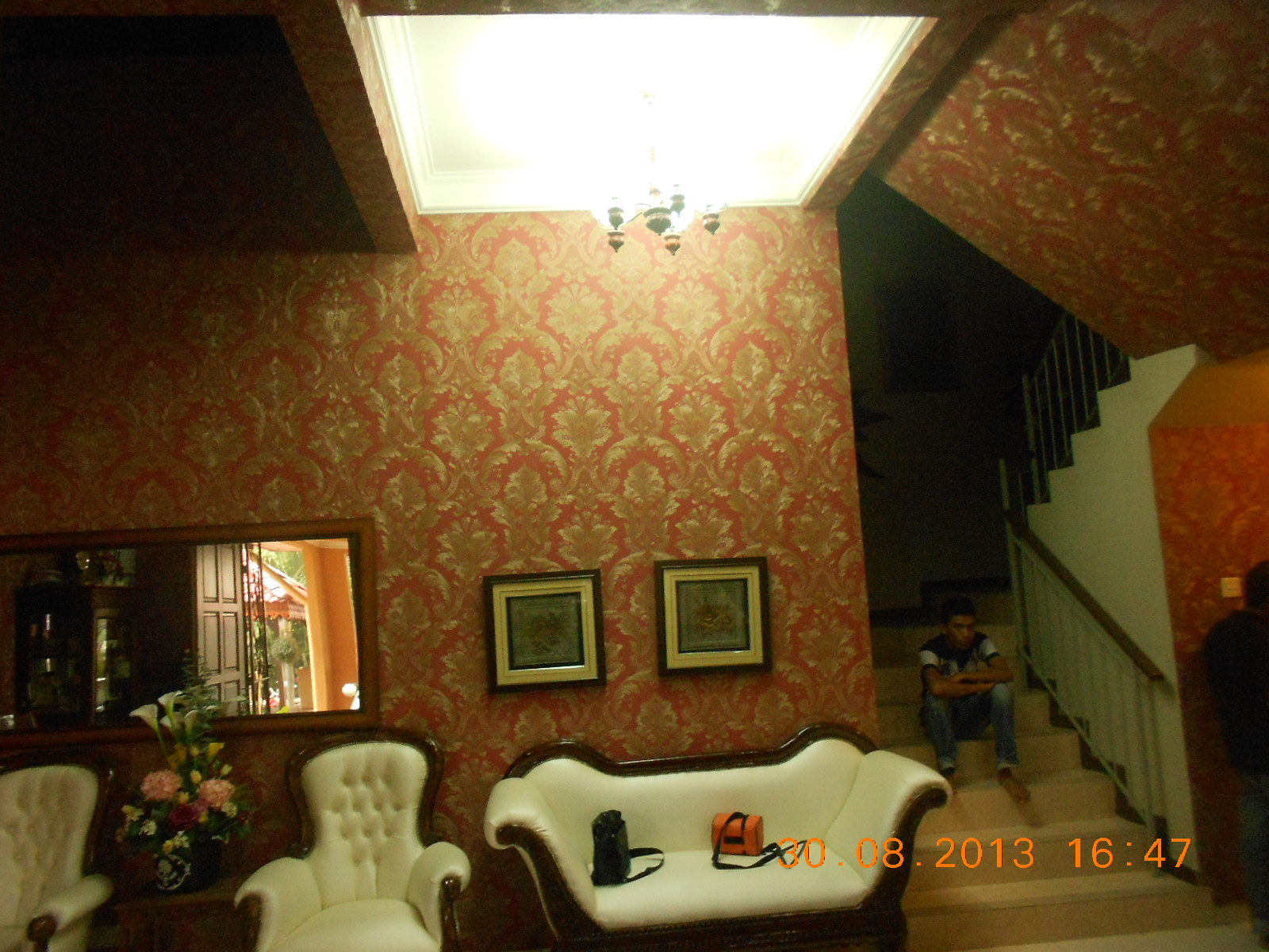 Repair Sofa Shah Alam Most Compact Sleeper Rumah 3 Tingkat Dengan Wallpaper Mewah Baiti Jannati Deco