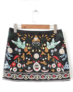 Spódniczka mini haftowana