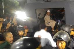 Menegangkan! Massa Gagalkan Pembentukan FPI Di Semarang. Begini Kronologinya!