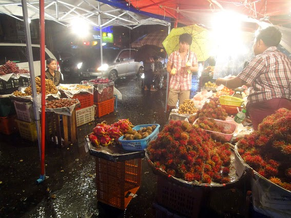 Fruit market at night with a great view