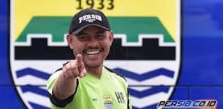 Persib Bandung Istirahatkan Asisten Pelatih Herrie Setyawan