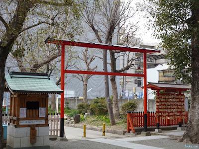 神津神社別門