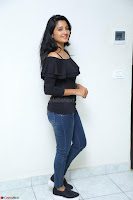 Deepthi Shetty looks super cute in off shoulder top and jeans ~  Exclusive 94.JPG
