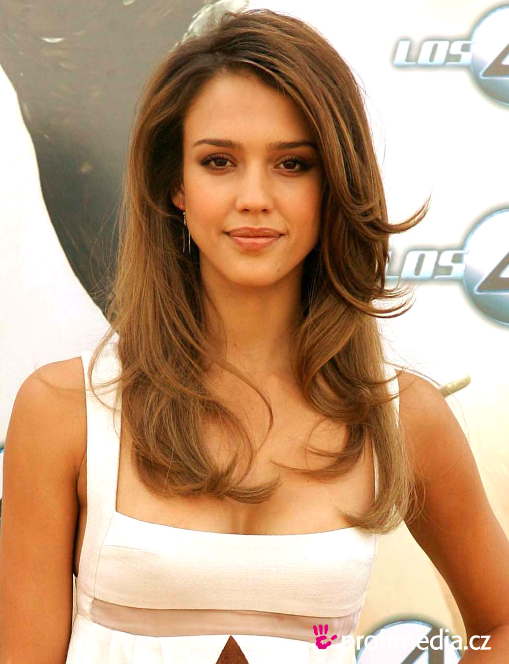 short hairstyles gallery: top most beautiful jessica alba