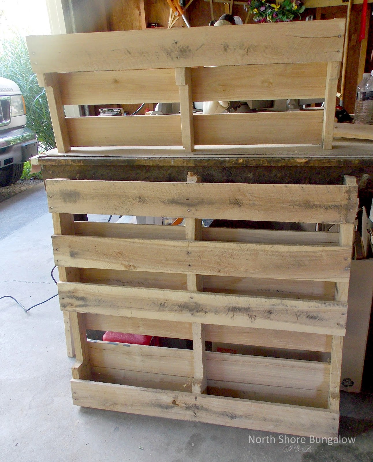 North Shore Bungalow: DIY Wood Pallet Coat Rack