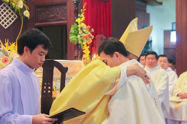Lễ truyền chức Phó tế và Linh mục tại Giáo phận Lạng Sơn Cao Bằng 27.12.2017 - Ảnh minh hoạ 167