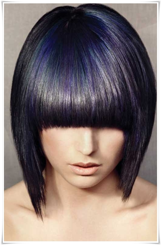 Frisuren mit blauschwarzen Haaren