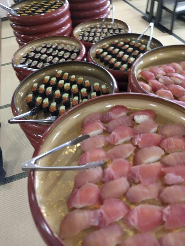 おさかな食堂 渚の食べ放題のお寿司