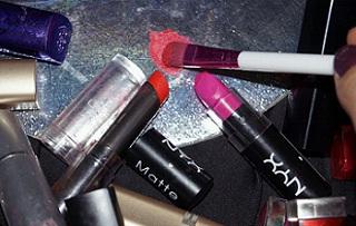 Top 19 Makeup Tips & Tricks To Enhance Beauty
