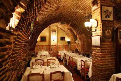 Nhà hàng Fraunces-New York-Mỹ (296 tuổi)