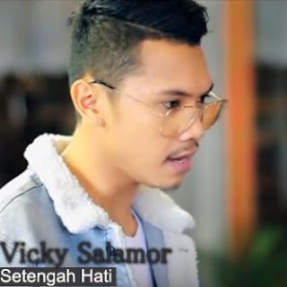 Vicky Salamor - Setengah Hati Mp3