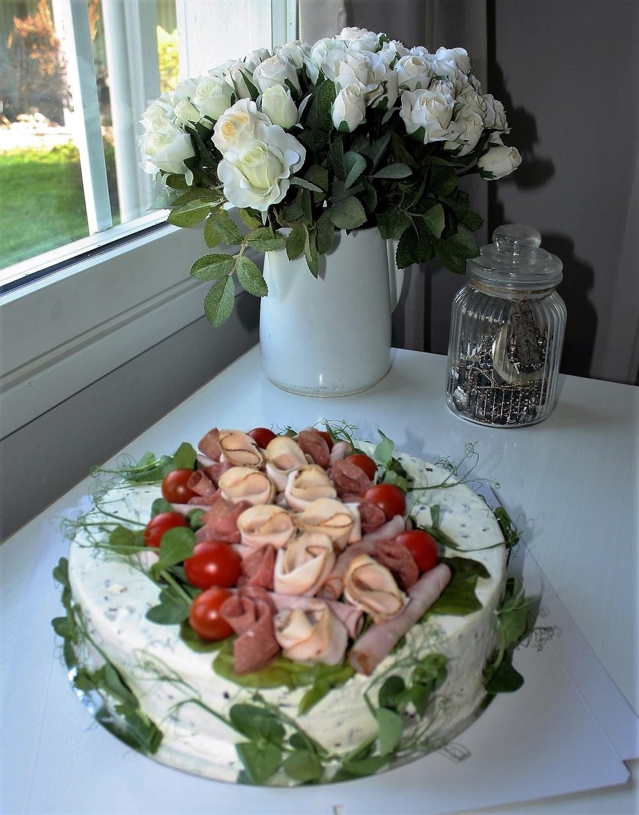 tårta till 50 års kalas Nilla's Handicraft: Tårtor till 50 års kalas tårta till 50 års kalas