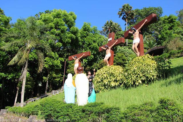 The Crucifixion of Jesus, Kamay ni Hesus