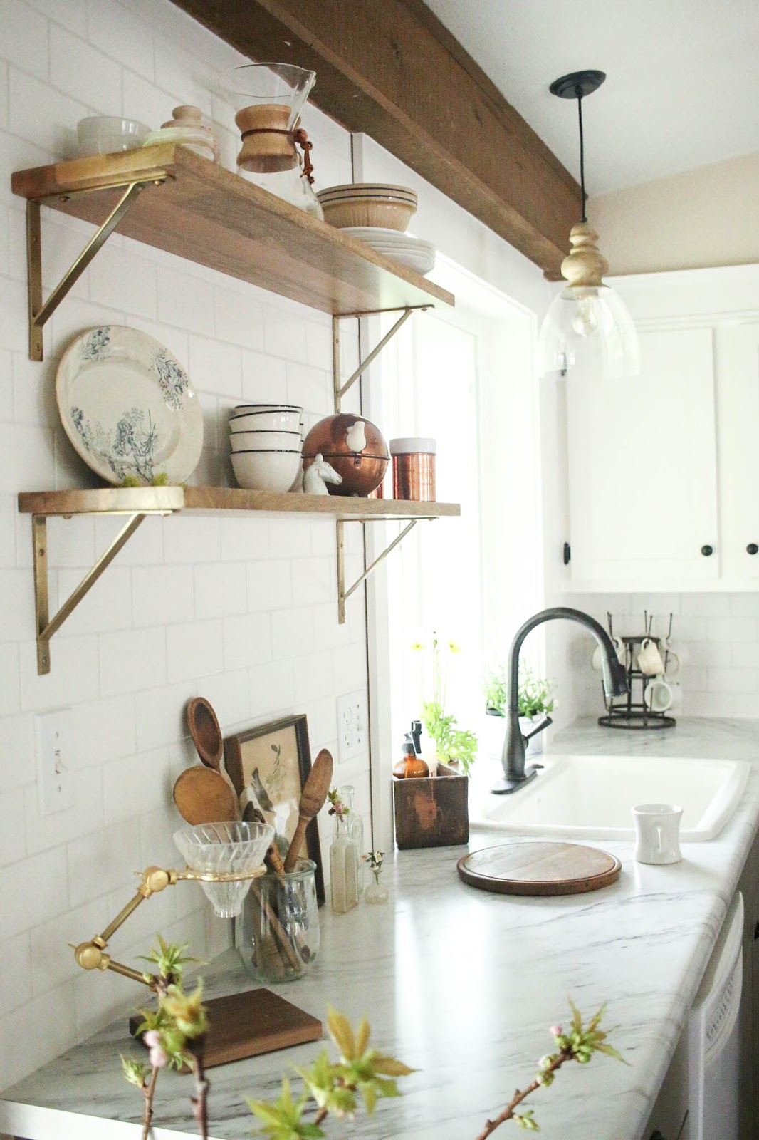 Vintage Whites Blog: Kitchen Remodel Reveal + A $5,000