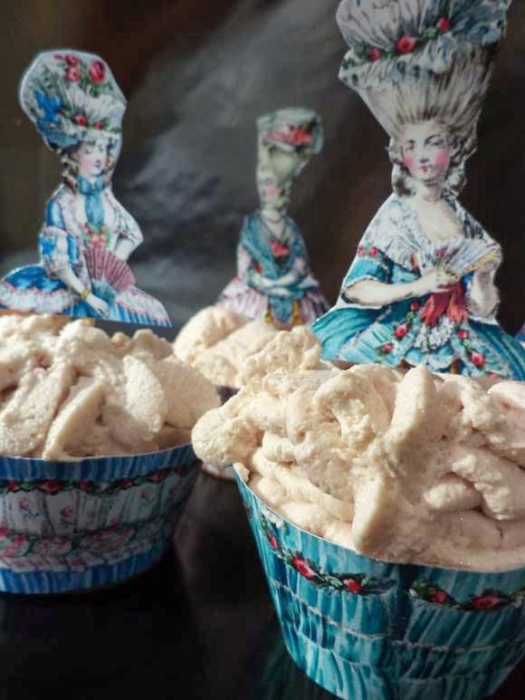 Marie Antoinette cupcakes