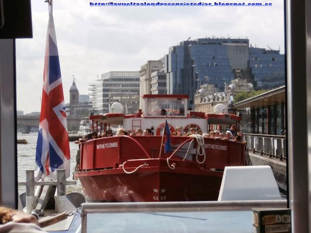 Ferry del Támesis