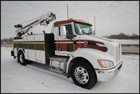 Kenworth T370 with Summit Service Body