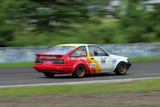 Toyota Corolla Levin (AE86) Racing Car 02