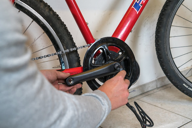 E-Bike-Umbau So baust du dir dein eigenes E-Bike mit Mittelmotor  DIY E-MTB Anleitung zum E-Bike Umbau mit Bafang BBS01 Mittelmotor E-Bike selber bauen aus altem Mountainbike 25