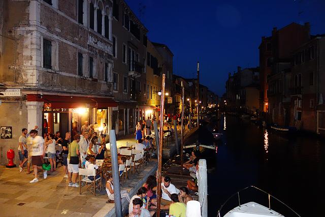 """Kde je v Benátkách """"Stodolní ulice""""?, kam v Benátkách, Benátky průvodce, zábava v Benátkách, co vidět v Benátkách, zažijte Benátky jako místní,"""