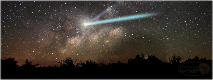 cometa catalina visivel no céu - ilustração