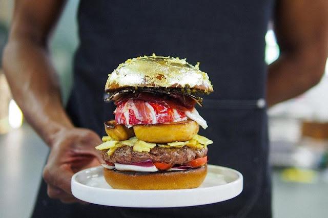 Diego Buik - najdroższy burger na świecie za 2000 euro. Diego Buik - the most expensive burger on the world for 2000 euros.