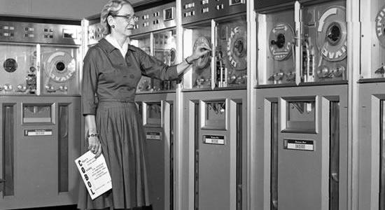 Jogo que homenageia Grace Hopper ensina programação para adultos