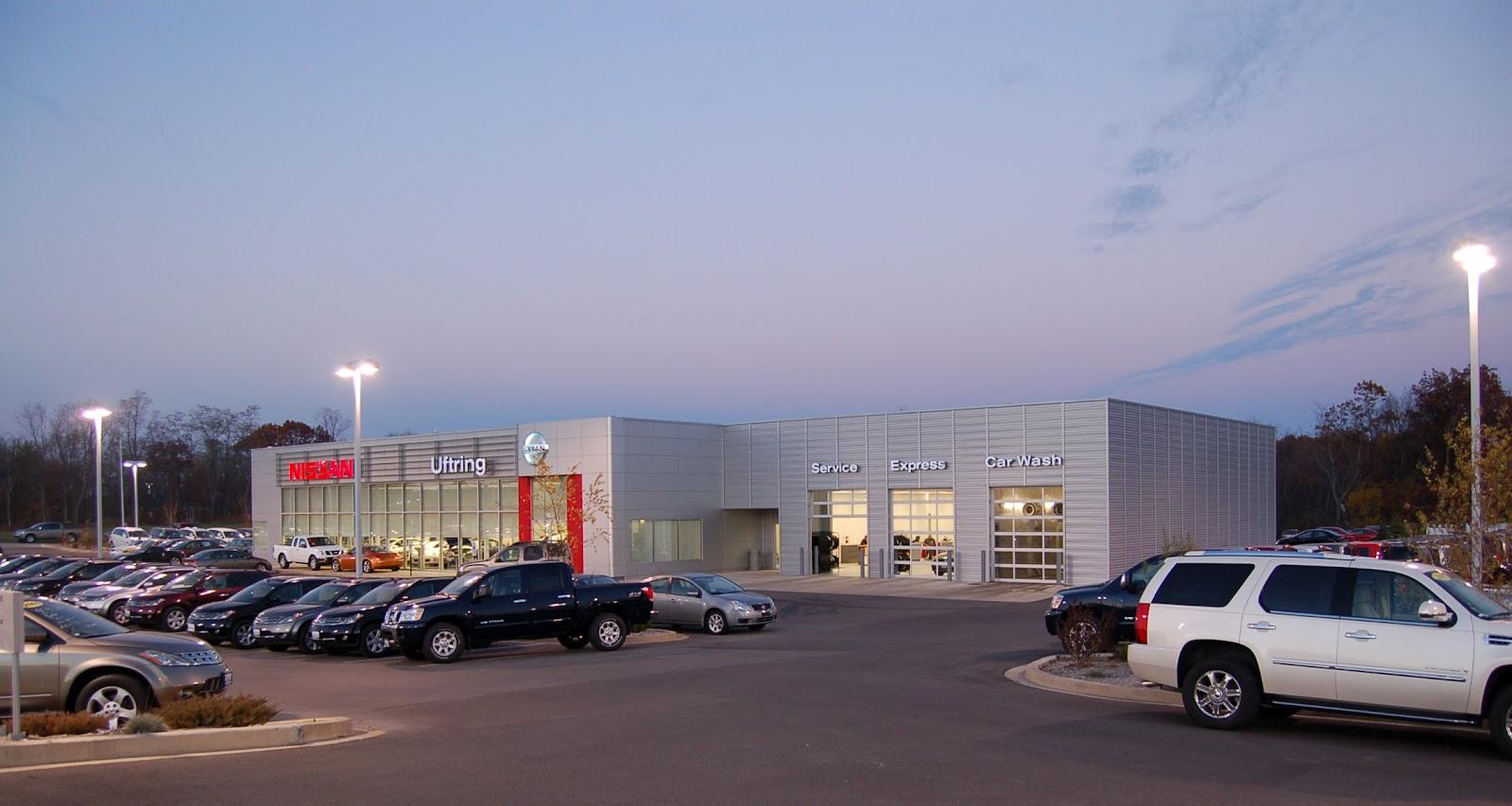 Nissan Peoria Il >> P.J. Hoerr, Inc.: Uftring Nissan - Peoria, IL