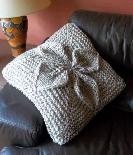 Chunky Cushion Knitting Pattern