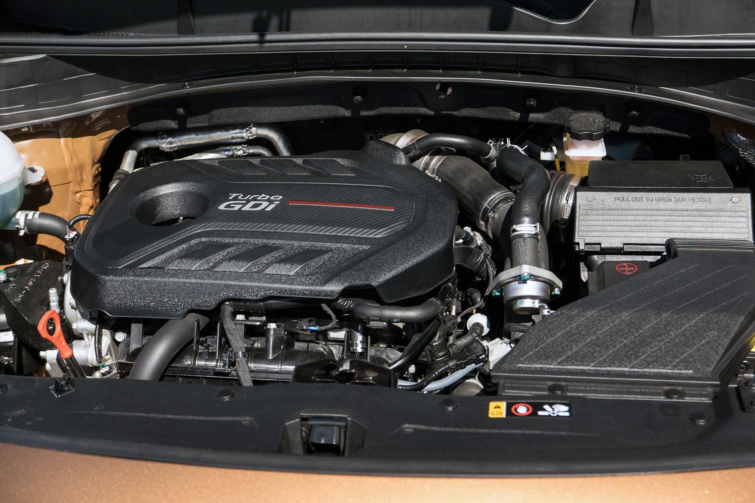 Tuy không mạnh bằng bản tiền nhiệm, nhưng động cơ của Sportage mới lại hoạt động cực kỳ hiệu quả