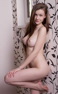Amateur Porn - Emily%2BBloom-S02-066.jpg