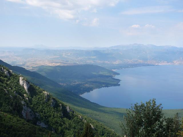 Macedońskie widoki na jezioro Prespa