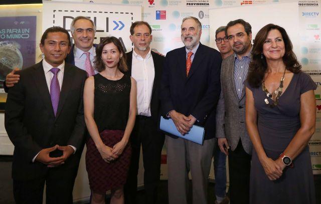 Abren las puertas del Congreso a 400 chilenos