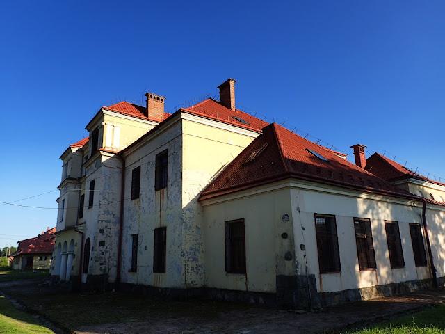 XIX-wieczny dworzec kolejowy (Łupków)