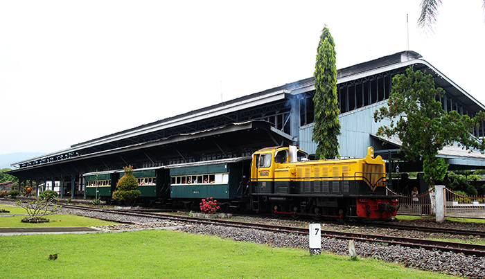 Kereta Lori Jurusan Ambarawa-Tuntang PP