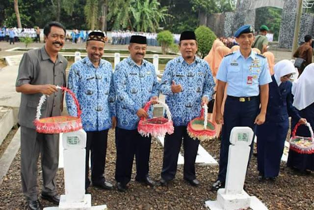 Korpri Subang Lakukan Ziarah ke TMP Cidongkol