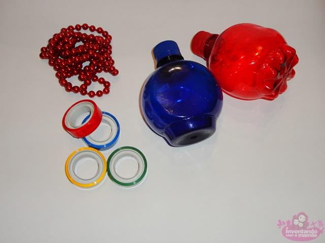 Brinquedos feitos com material reciclado