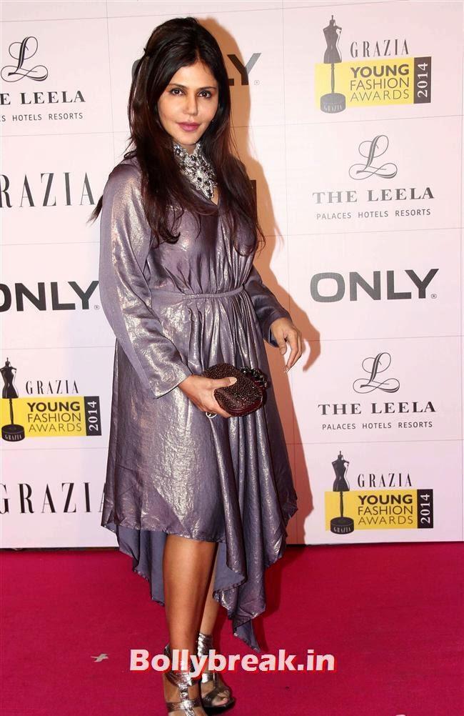 Nisha Jamvwal, Hottest Celebs of Bollywood at Grazia Young Fashion Awards 2014