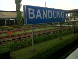 Jadwal Perjalanan Kereta Api Rute Bandung-Jakarta Bertambah