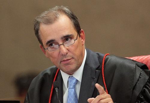 Ministro do TSE mantém prefeito e vice-prefeito de João Câmara nos cargos