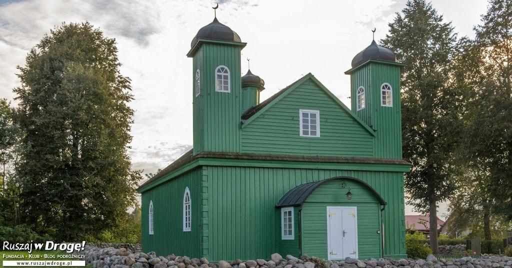 Meczet w Kruszynianach na Szlaku Tatarskim w Polsce