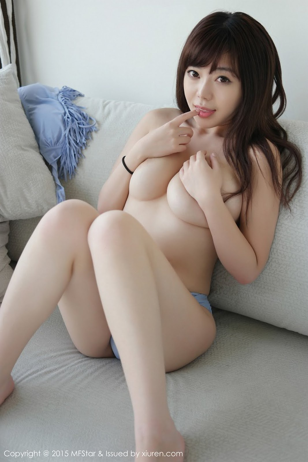 sexy ass mom nude