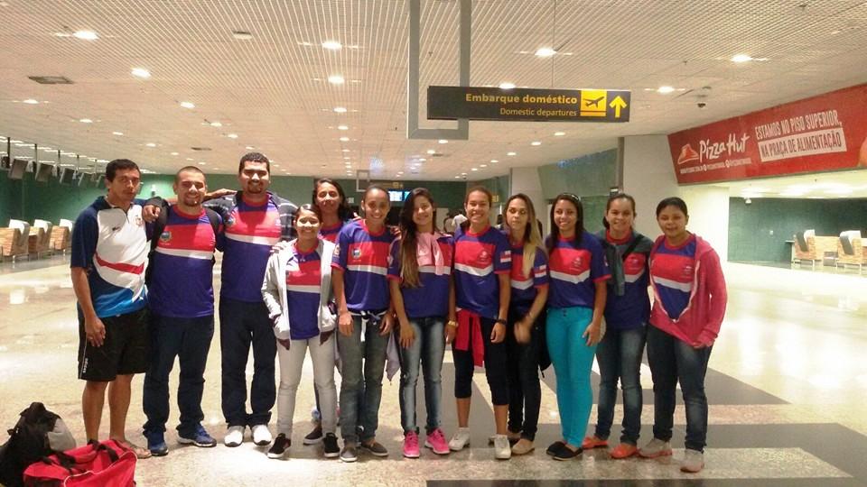 Manaus AM - O Amazonas estreou com derrota na rodada de abertura do 1º  Campeonato Brasileiro Feminino de Futsal 0ad8ff1dc9ba1