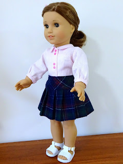 Doll clothes patterns by Valspierssews