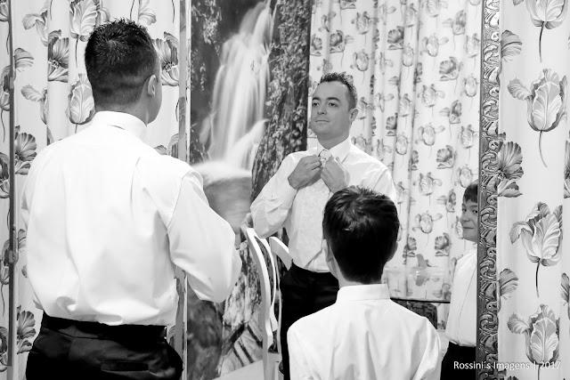 casamento wellington e gisele, casamento gisele e wellington, casamento de wellington e gisele na chácara encanto das águas - suzano - sp, casamento de gisele e wellington na chacara encanto das aguas - suzano - sp, casamento wellington e gisele em suzano - sp, casamento gisele e wellington em suzano - sp, festa de casamento de wellington e gisele na chacara encanto das aguas - sp, festa de casamento de gisele e wellington na chacara encanto das aguas - sp, fotografo de casamento em chacara - suzano - sp, fotografo de casamento em chacara encanto das aguas, fotografo de casamento em chacara, fotografo de casamento em dia de noiva, fotografo de casamento em são paulo, fotografia de casamento em carlos haute coiffeur - sp, fotografia de casamento em chacara encanto das aguas - sp, fotografia de casamento em chacara, fotografias de casamentos em chacaras,  fotografia de casamento em suzano - sp, fotografia de casamento no encanto das aguas - sp, fotografo para casamentos em suzano, fotografo de casamentos em são paulo - sp, fotografia de casamento em são paulo, fotografias de casamentos na zona leste, fotografo de casamentos, fotografo de casamento, sonho de casamento,  fotografos de casamentos em chacara encanto das aguas em suzano, - rossini's imagens, dia de noiva, noiva de branco, vestido da noiva branco, traje da noivas por alisson henrique, vestido de noiva, traje do noivo rafael koffmam - alfaiataria e alta costura, sapato di polini, sapato da noiva lopes calcados, buffet encanto das aguas, assessoria camila negye, local chacara encanto das aguas em suzano, fotografia rossinis imagens, filmagem rossinis imagens, video rossinis imagens, casamentos, casamento 2017, casamentos em suzano, espaço para casamento em suzano - encanto das aguas, fotos criativas de casamento, casamento realizado em 30-04-2017, http://www.rossinisimagens.com.br, filmagem de casamento em suzano - sp, vídeo de casamento em chacara encanto das aguas, vídeo de casamento no chacara, filmagem de
