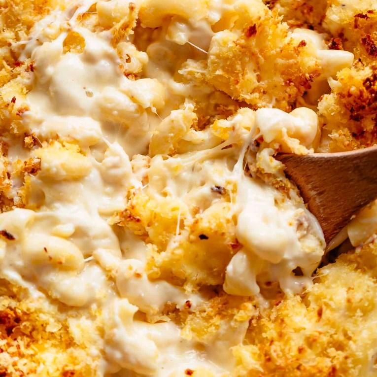 garlic parmesan mac and cheese #Dinner #Pasta